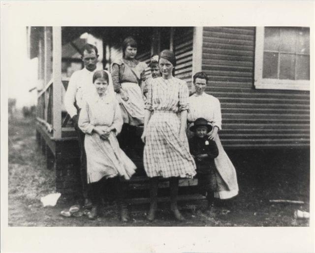 Merrimack Mill Sallie Mae Crews 1913